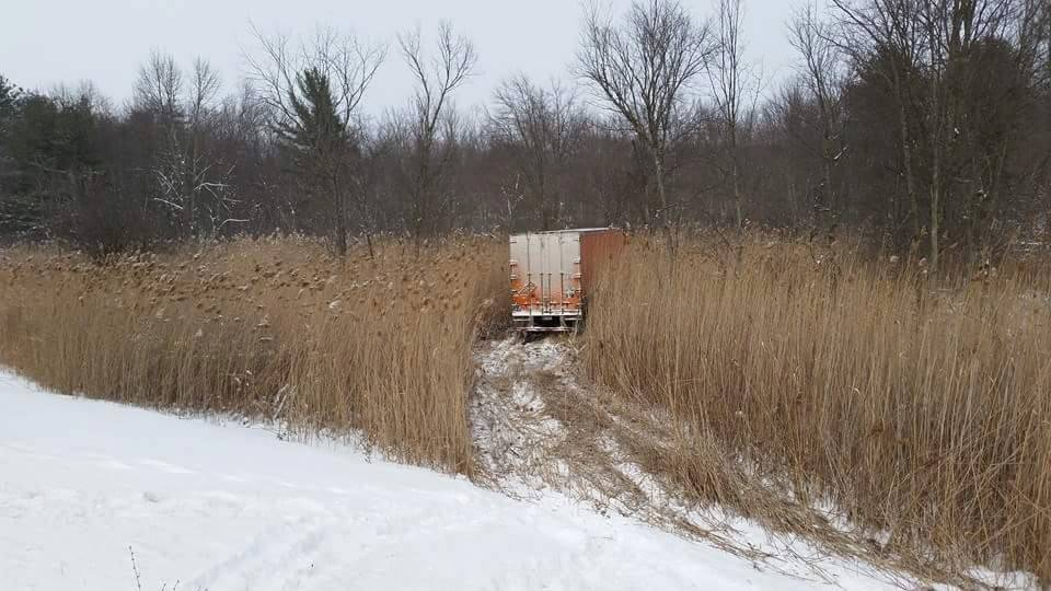Tractor Trailer Off Thruway 2015